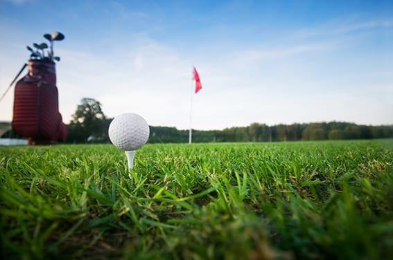 Golf Manía: El uso de dispositivos electrónicos